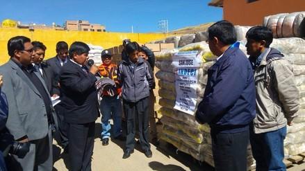 Entregan ayuda humanitaria para distritos afectados por bajas temperaturas