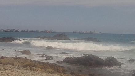 Joven continúa desaparecido tras ingresar a playa La Rayuela