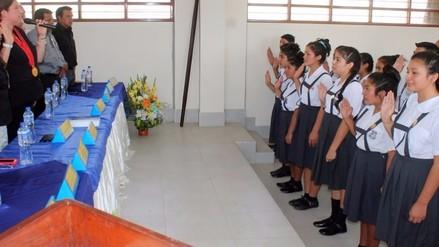 Juramentan 80 nuevos fiscales escolares de Cayaltí y Zaña