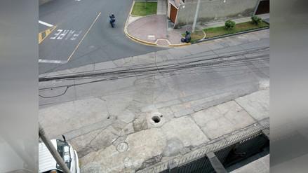 WhatsApp: Buzón sin tapa genera accidentes en San Isidro