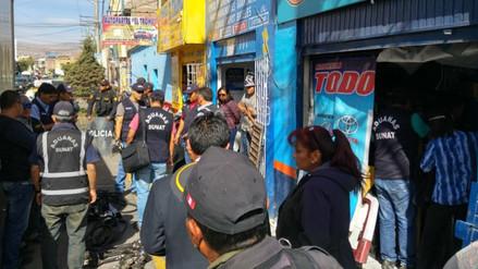 Intervienen tiendas de venta de autopartes en Miraflores
