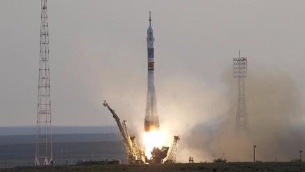 Un nuevo modelo tripulado de la nave rusa Soyuz despega rumbo a la EEI