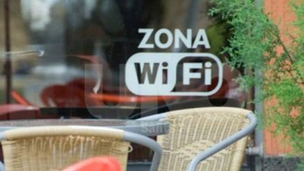 Solo hay 125 zonas wifi en todo Cuba
