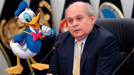 YouTube: Pedro Cateriano imita la voz del Pato Donald en aldea infantil
