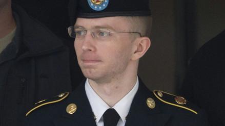 Informante de WikiLeaks intentó suicidarse en prisión