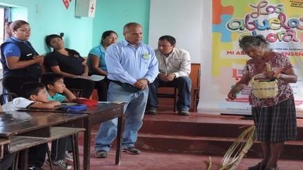 """Lanzan concurso """"Los Abuelos ahora"""" para promover la enseñanza de adultos mayores"""