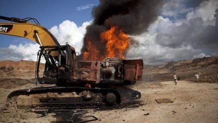 Destruyen maquinaria de minería ilegal valorizada en más de S/. 1 millón