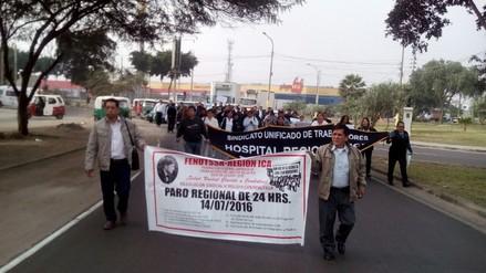 Trabajadores del hospital regional acatan paro de 24 horas