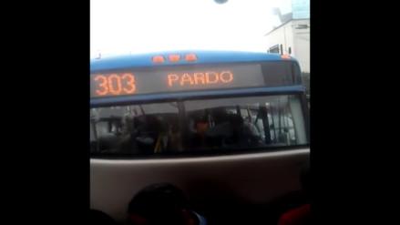 San Isidro: chofer de Línea Azul maneja mientras habla por celular
