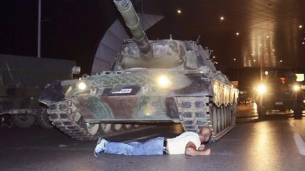 La foto del 'héroe de Turquía' que dio la vuelta al mundo