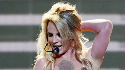 Britney Spears lanza Make me, primer avance de su noveno álbum