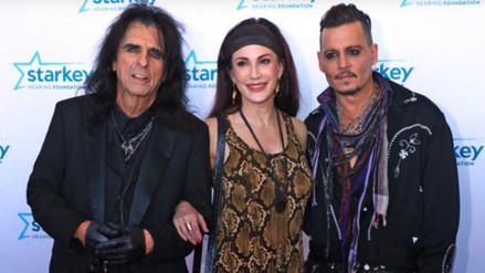 Johnny Depp reaparece en la alfombra roja luego de su divorcio