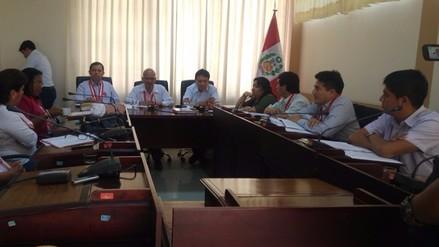 Consejo regional aprueba licencia a gobernador de Piura Reynaldo Hilbck