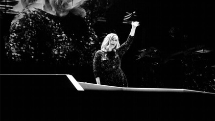 Adele llegará al cine gracias a Hello
