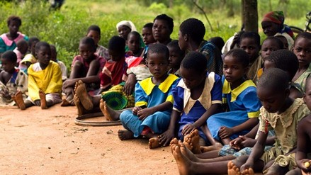 Niñas son sometidas a ritual sexual con hombres pagados por sus padres en Malawi