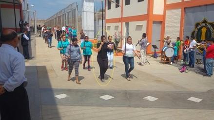 Katiuska Del Castillo se prepara para desfile por Fiestas Patrias en penal