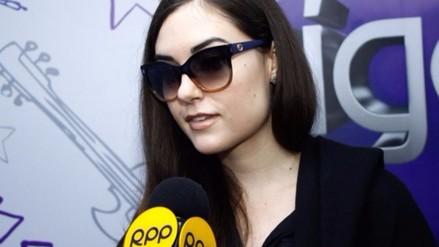 Fotos. Así fue la entrevista de Sasha Grey en radio Oxígeno