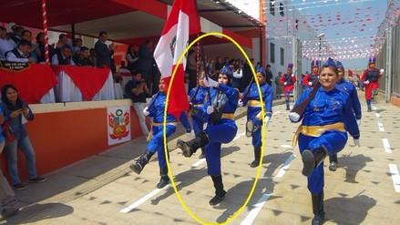 Katiuska Del Castillo participó en desfile competitivo y ganó gallardete