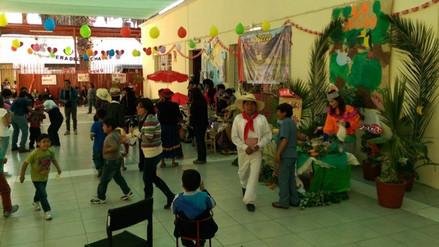 Niños de albergue Chávez de la Rosa rindieron homenaje al Perú