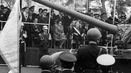 Las Primeras Damas que se sentaron en la Tribuna Oficial de la Parada Militar