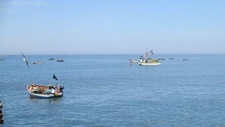 Piden ayuda para búsqueda de pescador que cayó al mar
