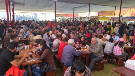 Miles de arequipeños asisten a festival gastronómico por fiestas patrias