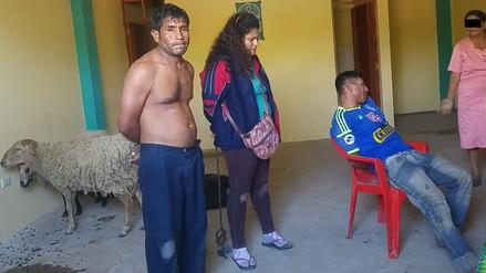 Ronderos azotan a presuntos abigeos y los entregan a PNP después de 16 horas