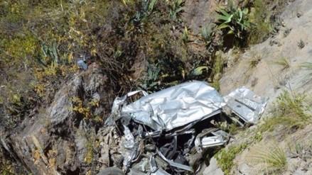 Vraem: tres muertos deja caída de vehículo a precipicio