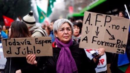 Esto propone la Cepal para mejorar las pensiones en Chile
