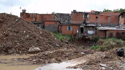 Uruguay: hallan feto en una cloaca, el cuarto caso similar desde junio
