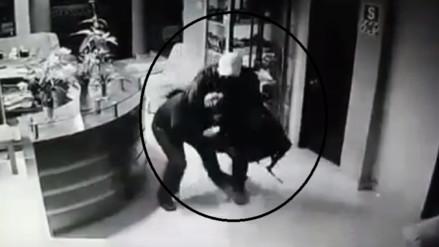 Graban a ladrones que se hicieron pasar como huéspedes en un hotel de Chiclayo