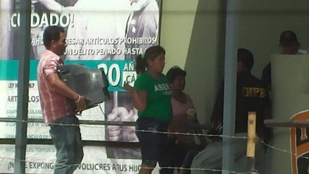 Ingresan televisores a penal de Tumbes para integrantes de banda 'Los Pollos'