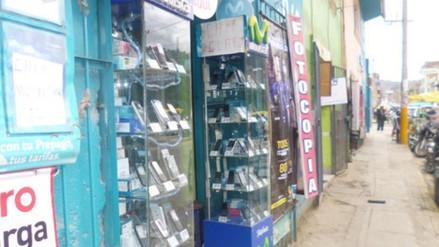 Intervienen tiendas de venta de celulares de dudosa procedencia en Puno