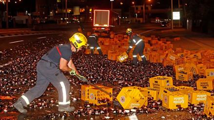 Twitter: bomberos españoles 'apenados' por este accidente