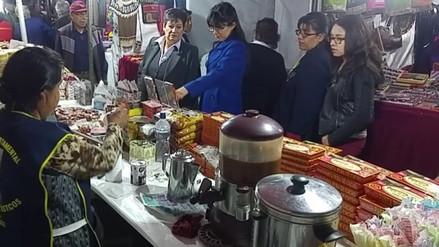 Feria de Artesanía se inició en Arequipa
