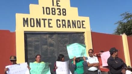 Padres del colegio Monte Grande piden intervención de autoridades de la Ugel