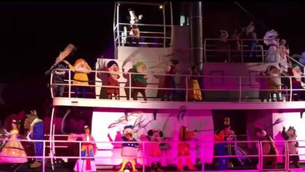 Facebook: muñeco de Tontín sufre caída durante un espectáculo de Disney