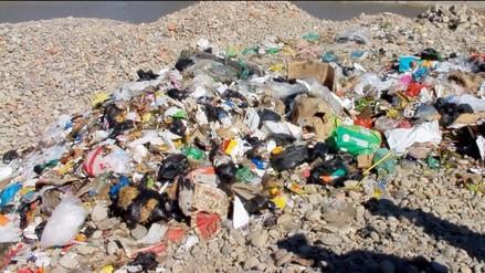 Huancayo: vecinos protestan por basura confinada sin autorización