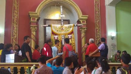 Cruz de Motupe emprendió retorno a su gruta en el cerro Chalpón