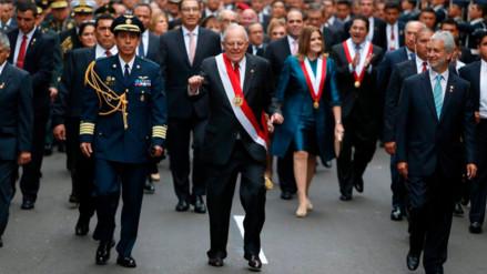 """Fredy Otárola a PPK: """"El pueblo no solo requiere circo, también pan"""""""
