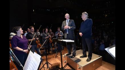 Presidente PPK tomó la batuta y dirigió a la Orquesta Filarmónica de Israel