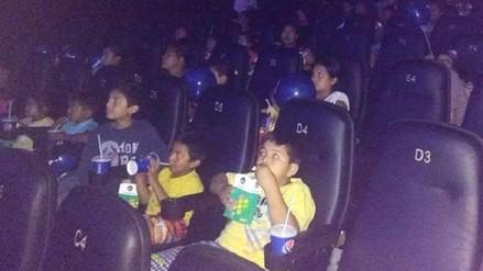 Niños de las zonas más pobres fueron llevados al cine por primera vez