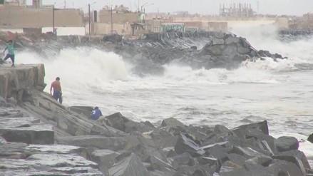 Chimbote: cierran puerto y caletas por oleajes anómalos