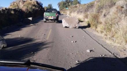 Se normaliza tránsito de vehículos en vía de ingreso a Chivay
