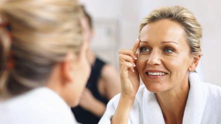 ¿Cómo retrasar el envejecimiento de la piel? [VIDEO]