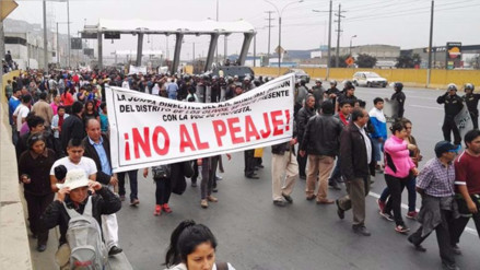Transportistas bloquearon Panamericana Norte en rechazo a construcción de peaje