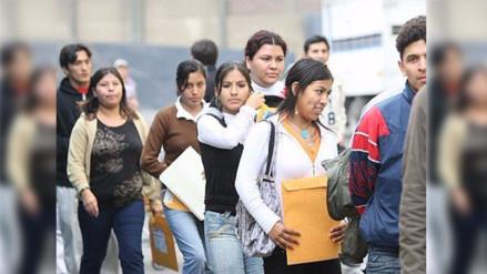 El 90.3% de jóvenes que estudian y trabajan están en la informalidad