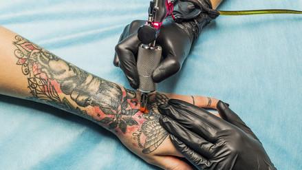 Conoce la otra cara de los tatuajes [VIDEO]