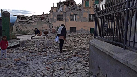 """VIDEO. Alcalde italiano tras terremoto: """"La mitad de mi ciudad no existe"""""""