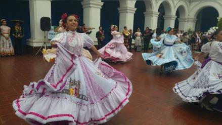 Trujillo: llegan delegaciones extranjeras para Festival Mundial del Folclore